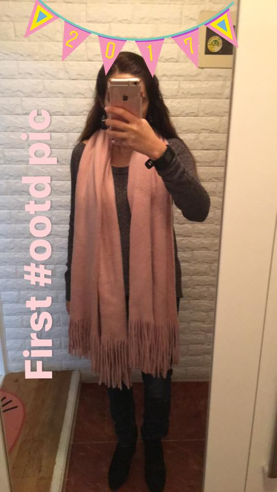 first pic of the year, ootd, outfit of the day, ilymix scarf, blogger, fashion blogger, what I wear, what I wore